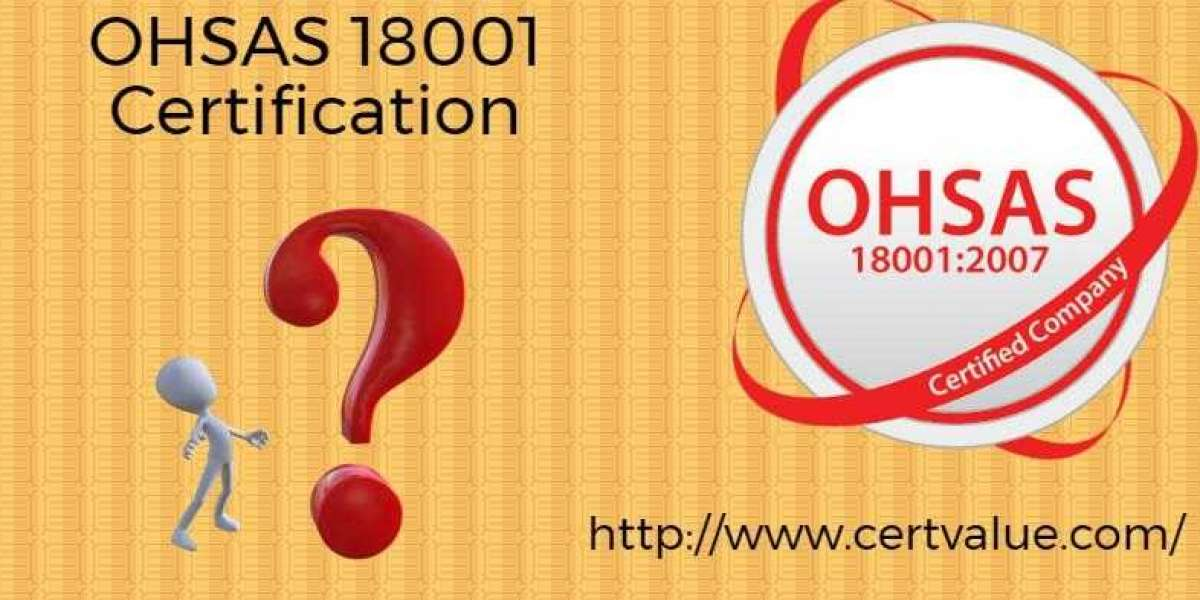 What is the purpose and structure of the health & safety hazard evaluation record in Oman?